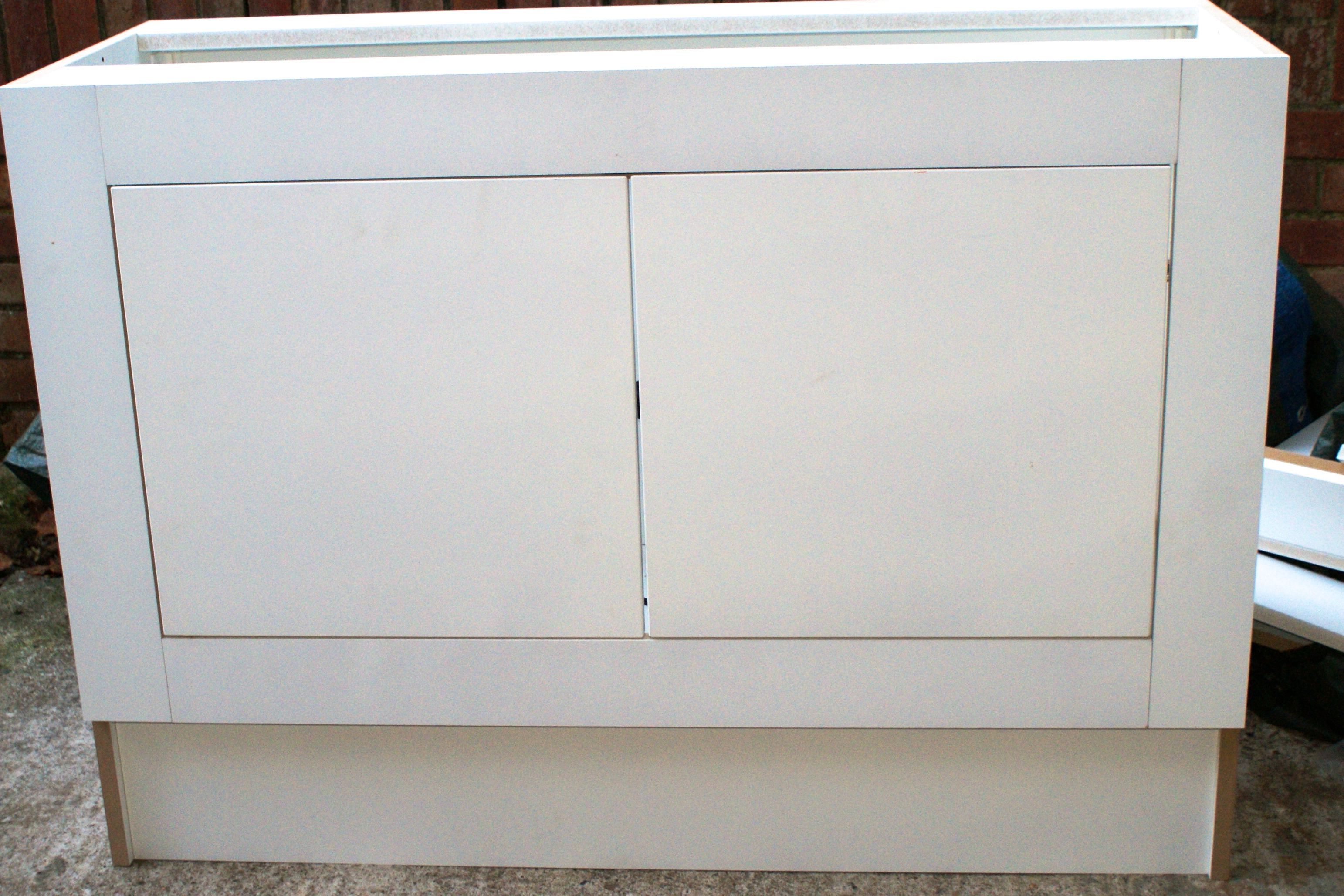 Cabinets with face frames | DIY Wardrobes Information Centre